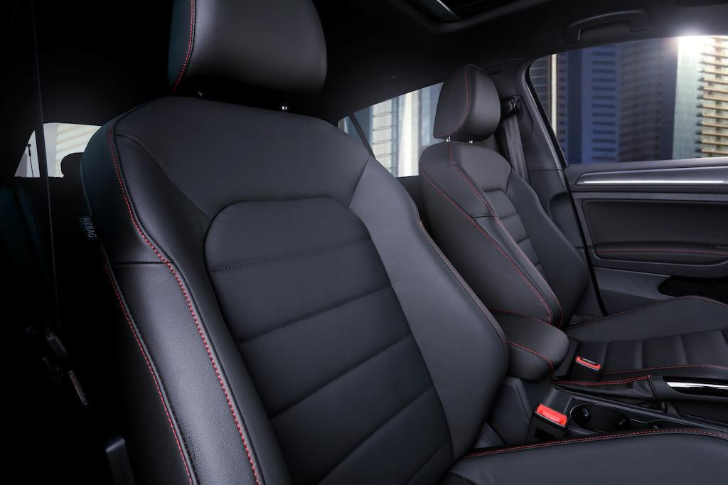 Volkswagen Golf GTI 2018 asientos