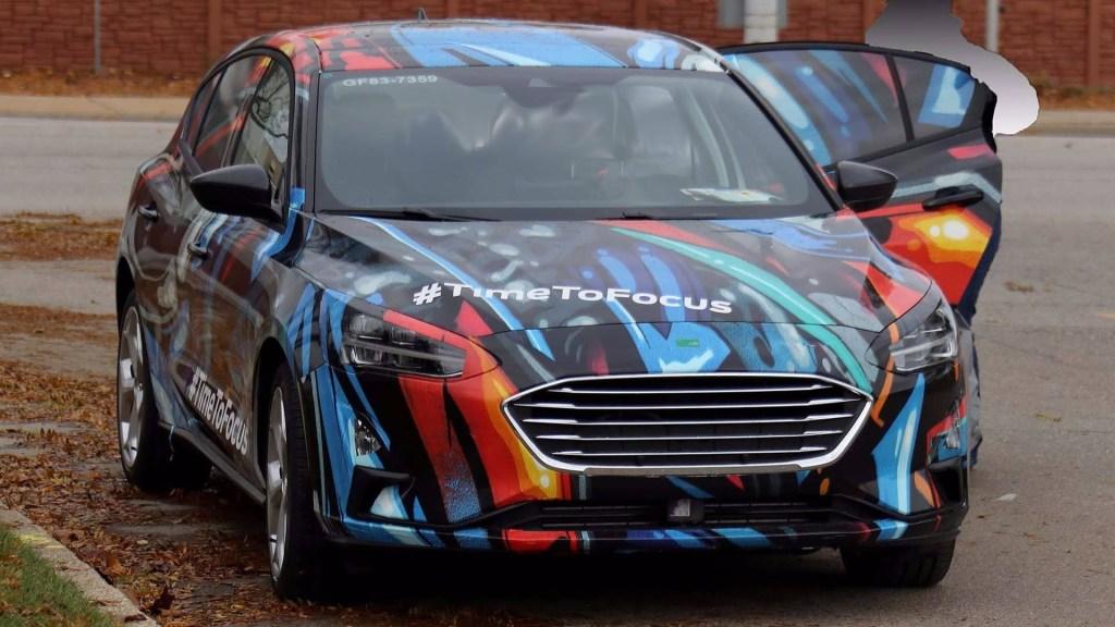 Ford Focus 2019 camuflajeado