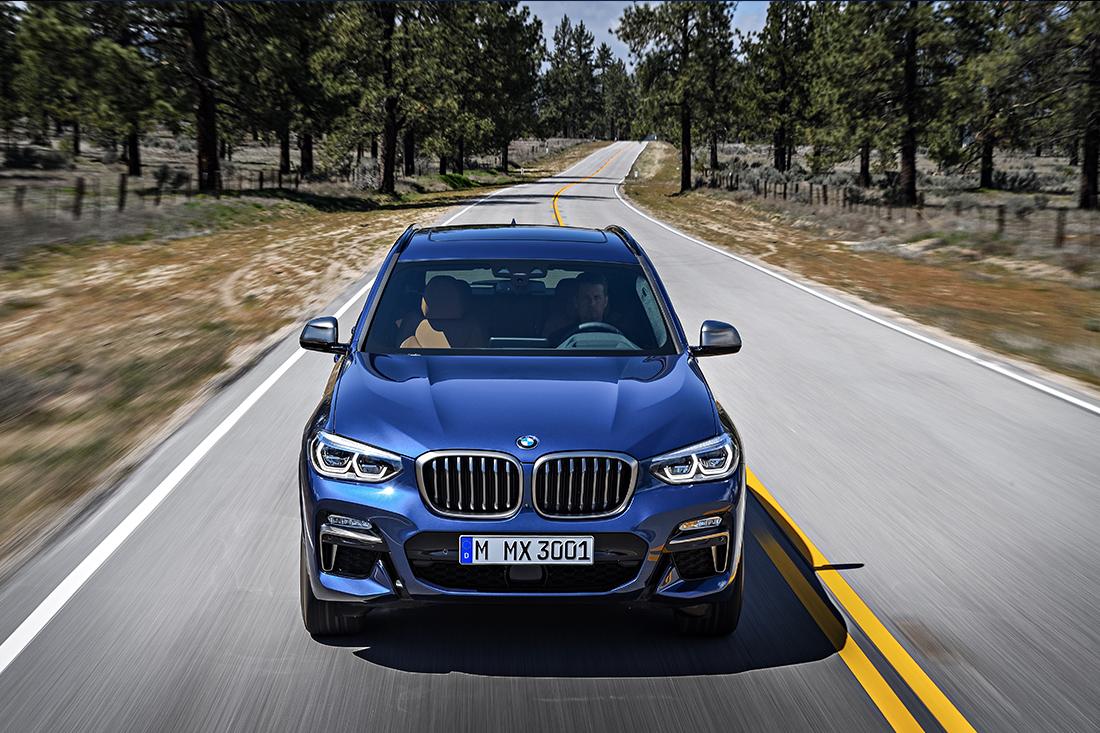 BMW X3 2018 en México frente en carretera nueva parrilla