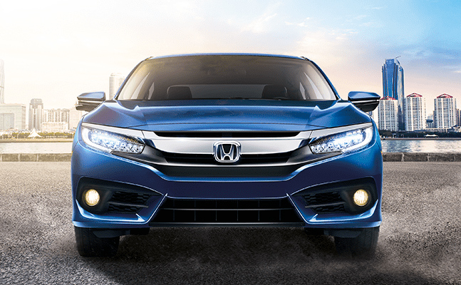 Honda Civic 2018 en México, frente con diseño dinámico