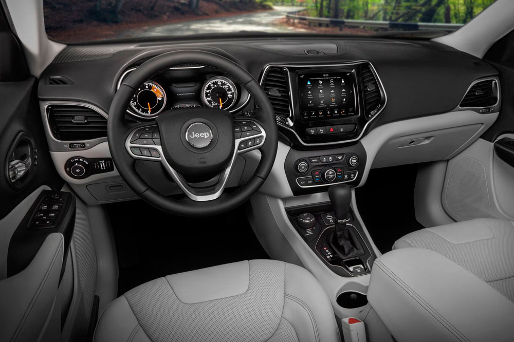 Jeep Cherokee 2019 interior
