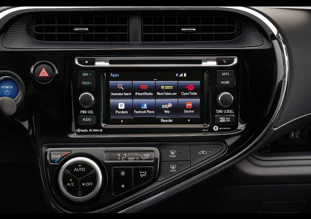 Toyota  Prius c 2018 en México - interior pantalla touch apps