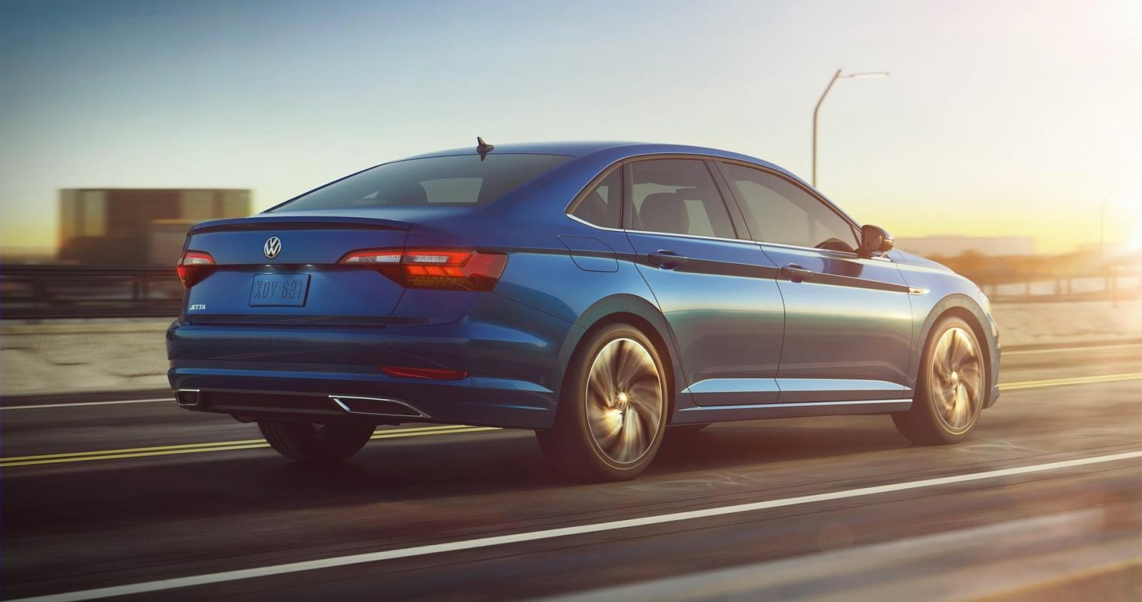 Nuevo Volkswagen Jetta 2019 exterior zaga y perfil