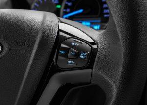 Ford Figo control manubrio
