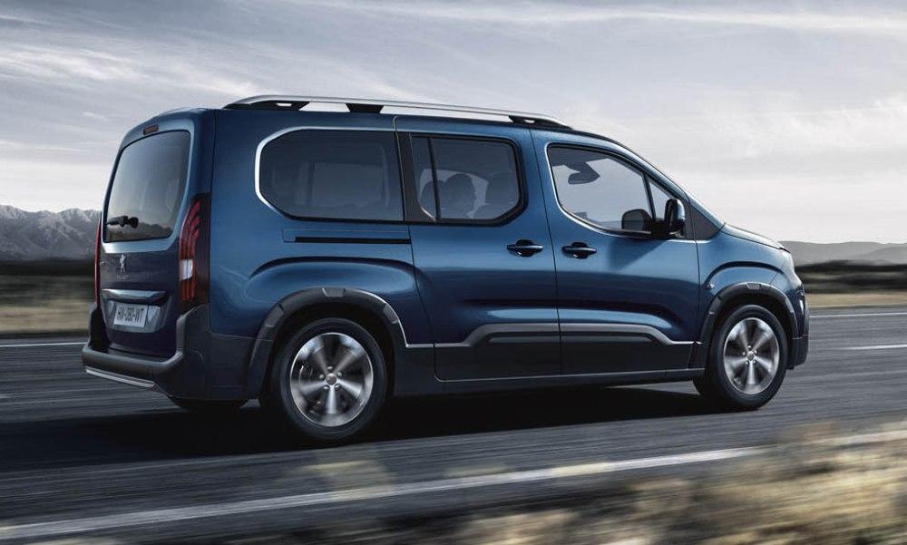 Peugeot Rifter 2019 - Lateral y posterior mostrando su diseño