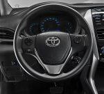 Toyota Yaris Sedán 2018 en México renovado -volante con controles