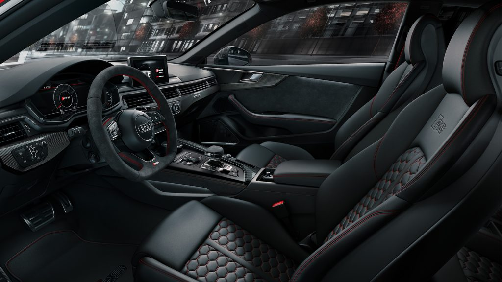 Audi RS 5 Coupé interior