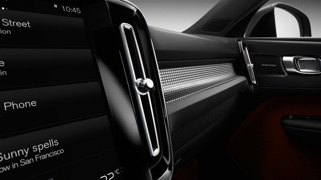 Volvo XC40 interior adelante