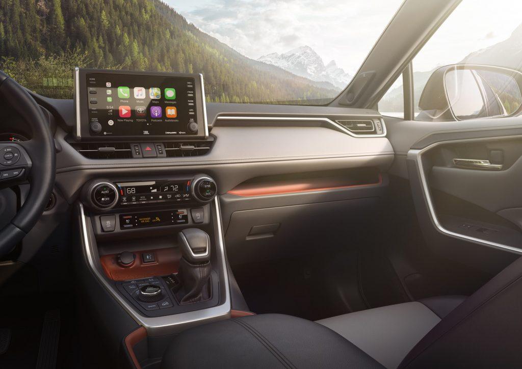 Toyota RAV4 2019 entretenimiento