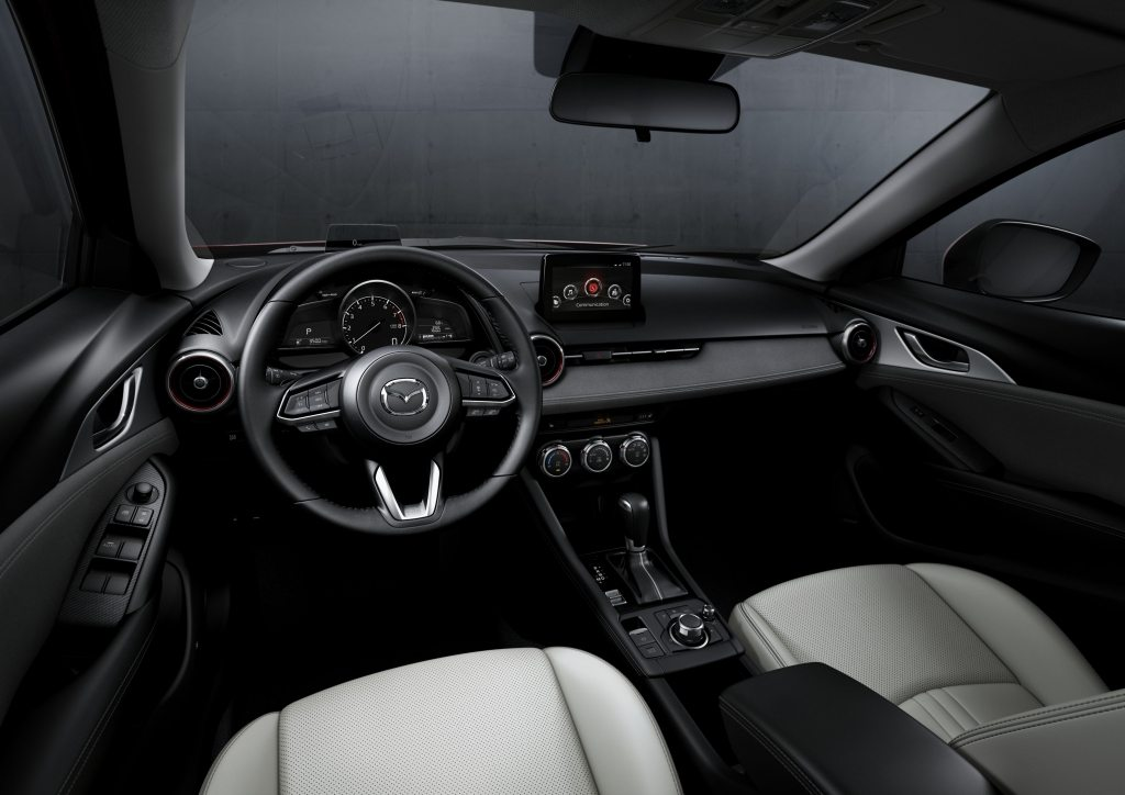 Mazda CX-3 2019 interior