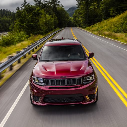 Jeep Grand Cherokee Trackhawk frente