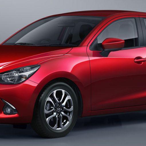 Mazda 2 sedán 2018 auto