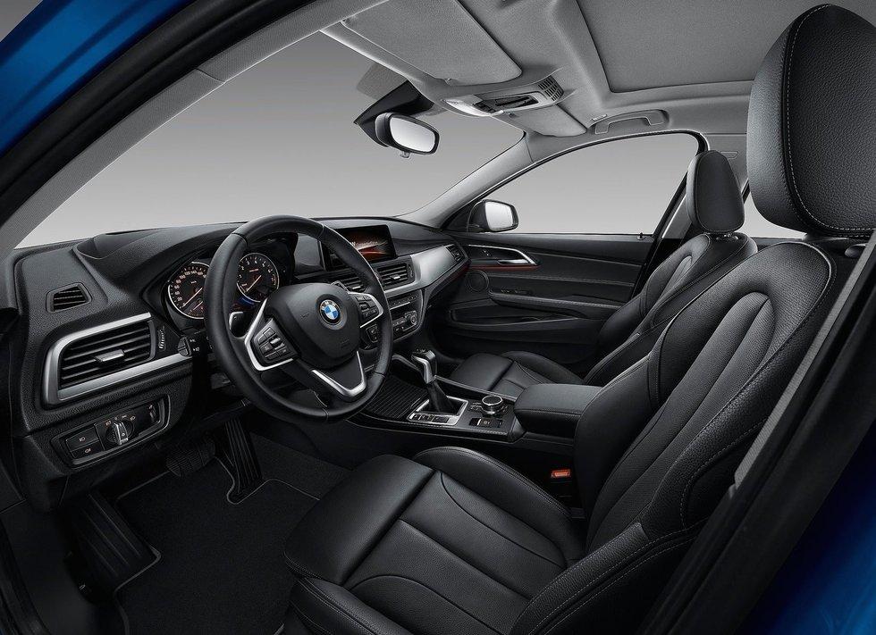 BMWSerie 1 Sedán interior