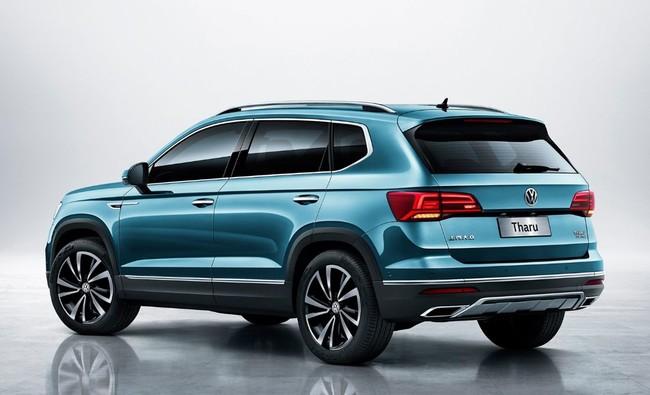 Volkswagen Tharu 2019 atrás