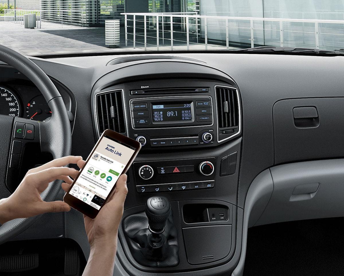 Hyundai Starex 2018 México - Interior sistema de audio con Bluetooth