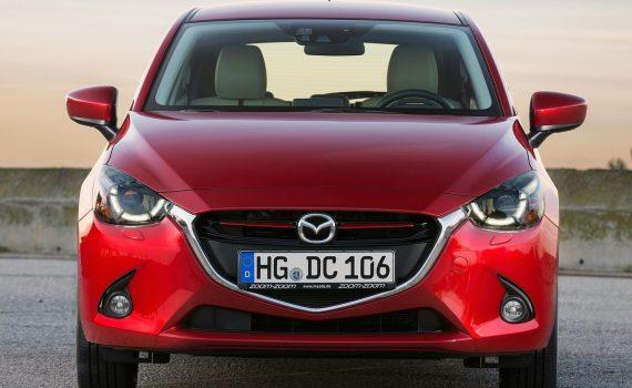 Mazda 2 Hatchback 2019 frente