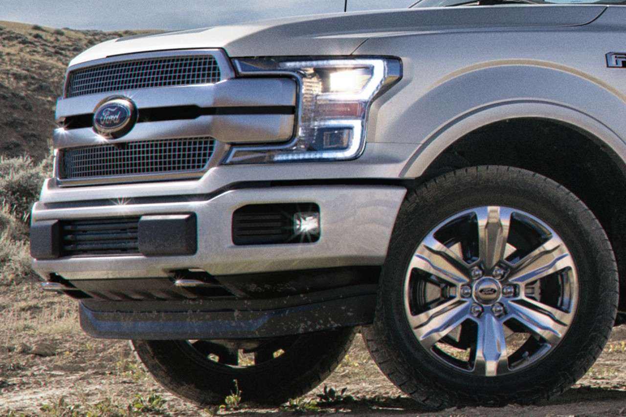 Ford F-150 Limited frontal