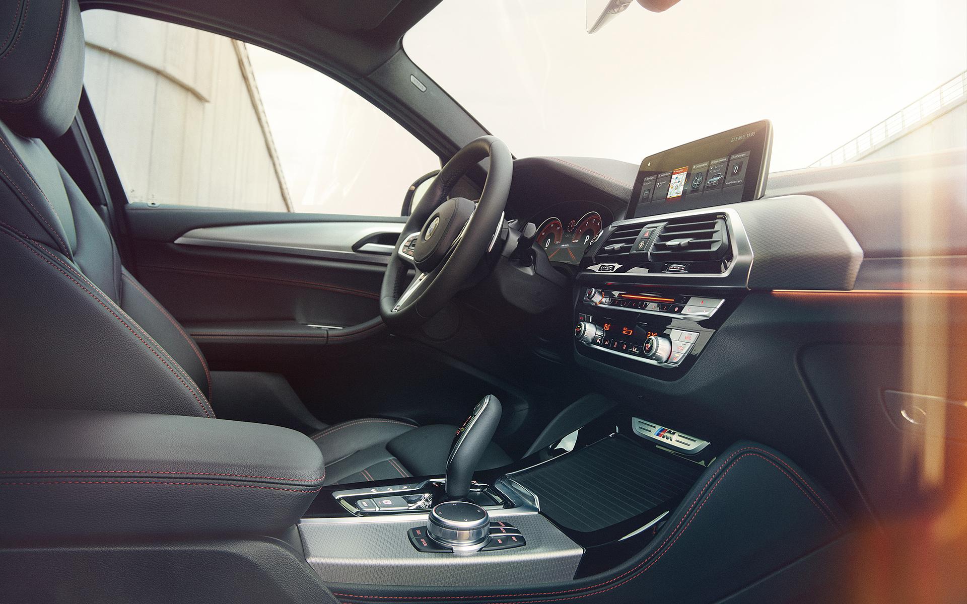 BMW X4 2019 interior
