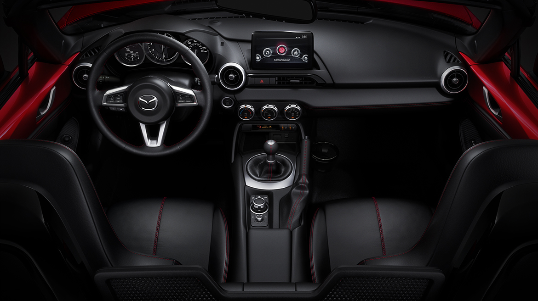 Mazda MX-5 2019 interior