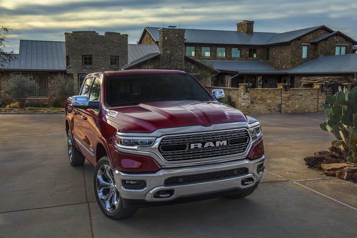 RAM 1500 Limited 2019 frente