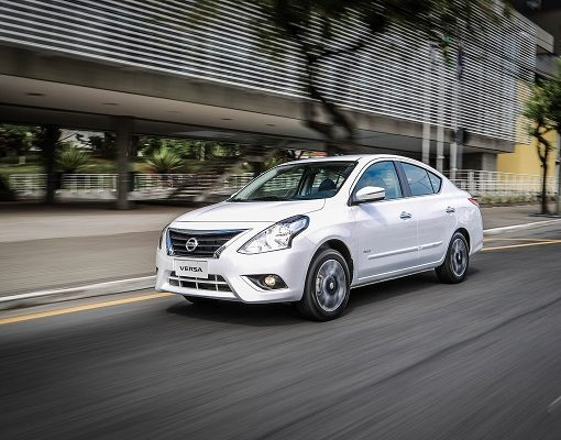 Nissan Versa Exclusive 2019 blanco