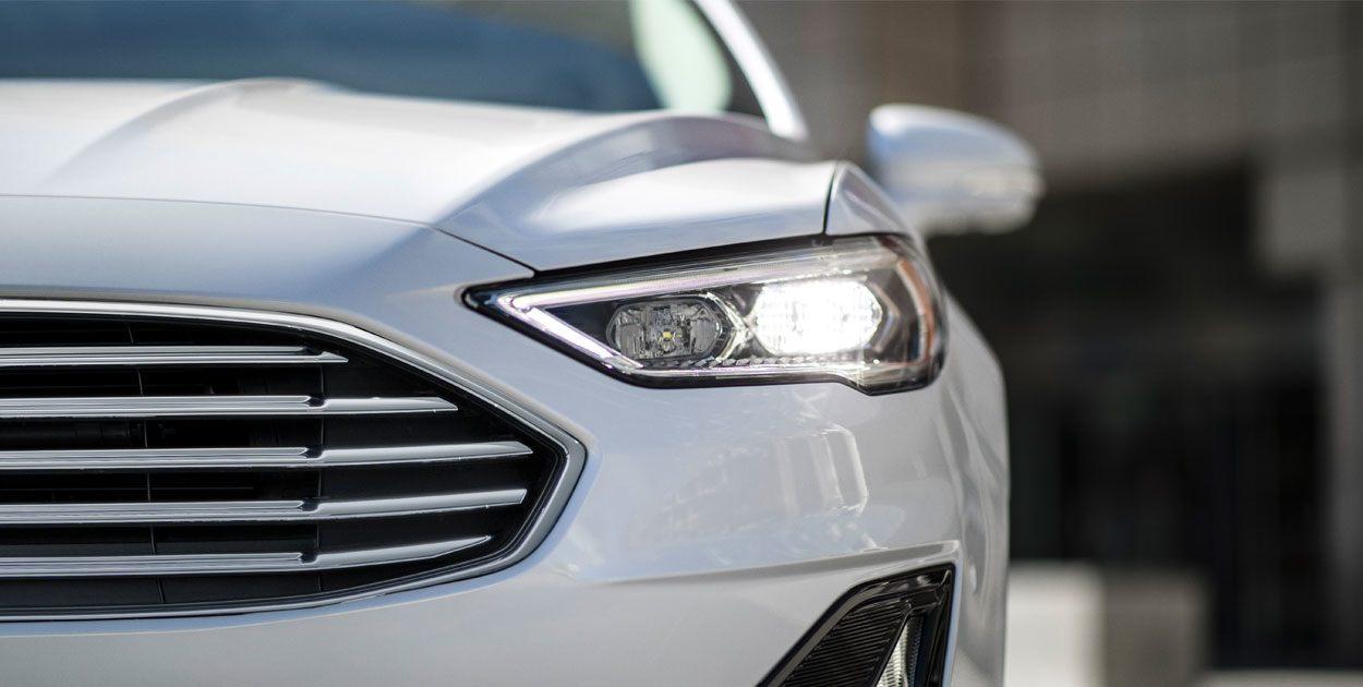 Ford Fusion Híbrido 2019 detalle