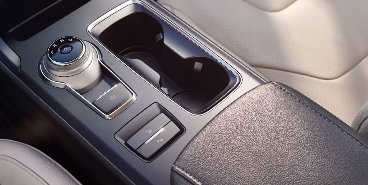 Ford Fusion Híbrido 2019 velocidades