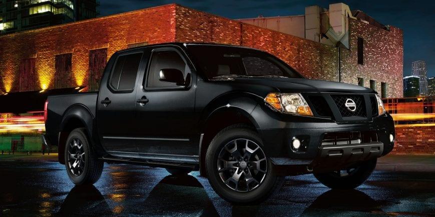 Nissan NP300 Frontier LE Midnight Edition ya en México ...