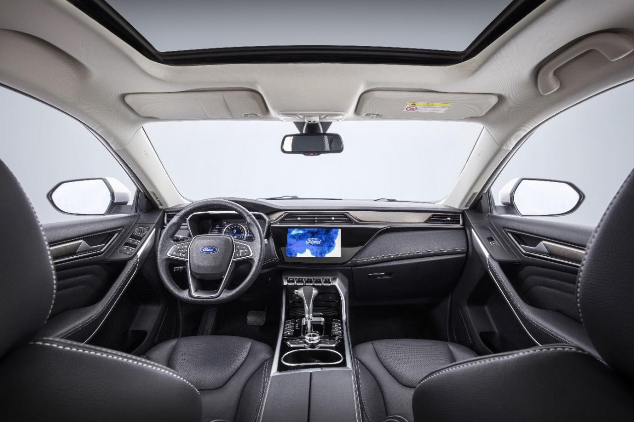 SUV Ford Territory 2019 volante