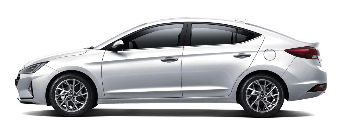 Hyundai Elantra 2019 lateral