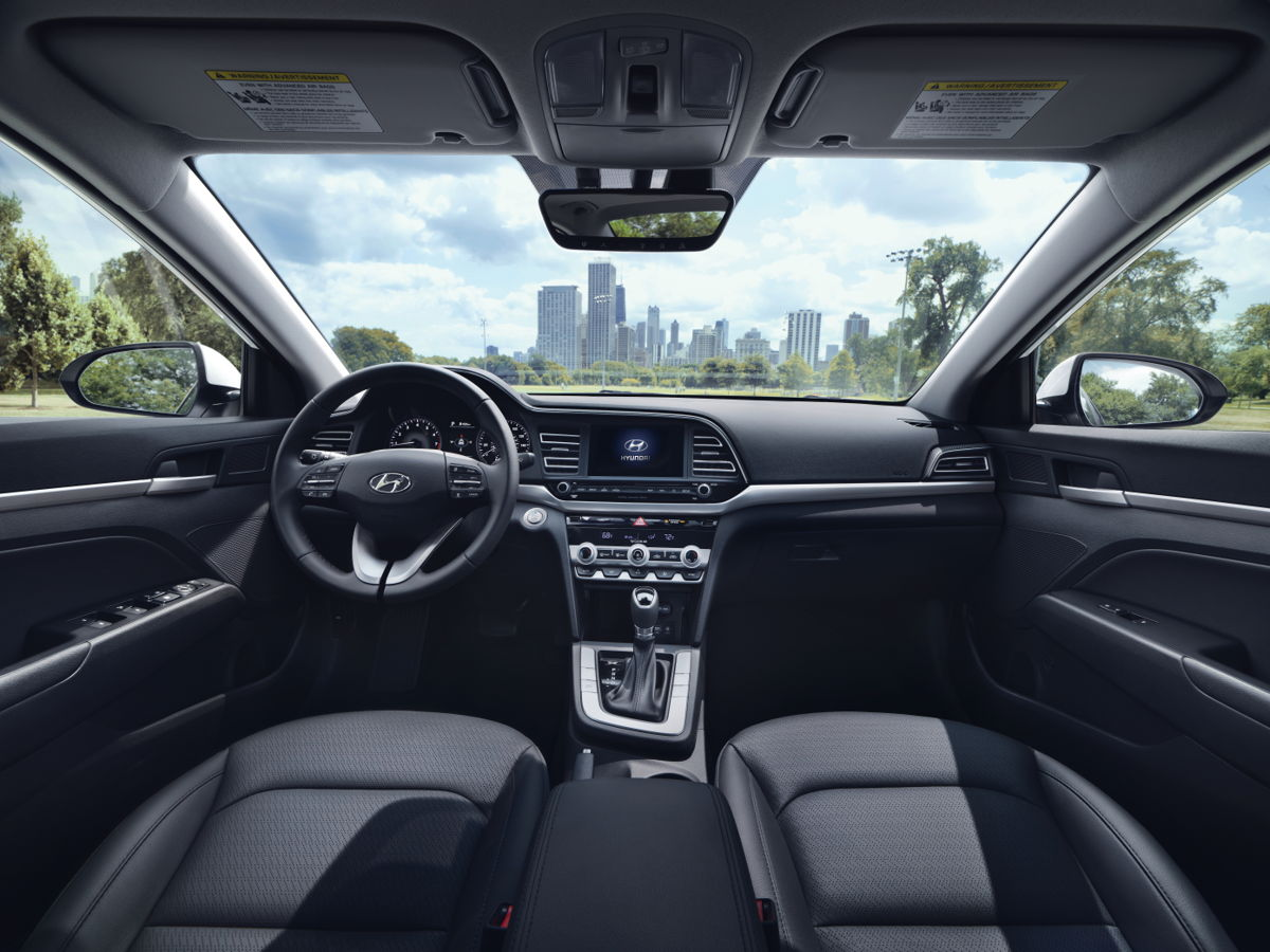 Hyundai Elantra 2019 interior