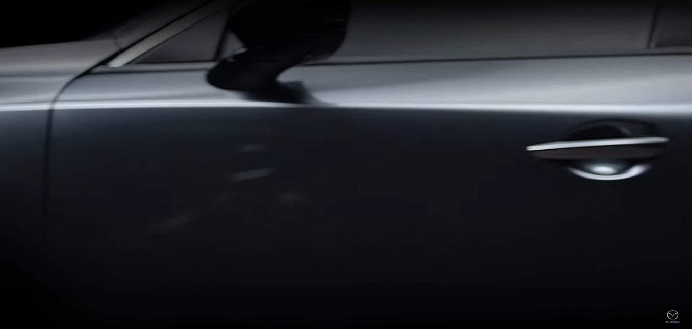 Mazda 3 detalle lateral