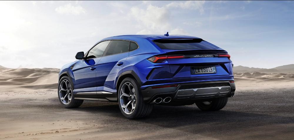 Lamborghini Urus posterior