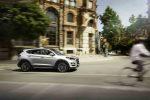 Hyundai Tucson 2019 lateral derecho en ciudad