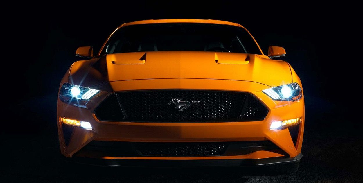 Ford Mustang 2019 frente