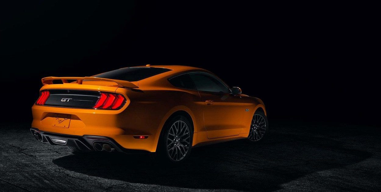Ford Mustang 2019 posterior