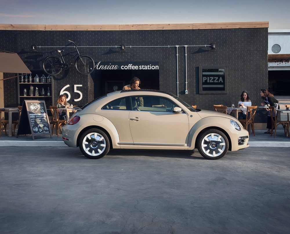 Volkswagen Beetle Final Edition 2019 en México - lateral