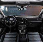 Volkswagen golf R 2019 interiores volante, pantalla, palanca, asientos