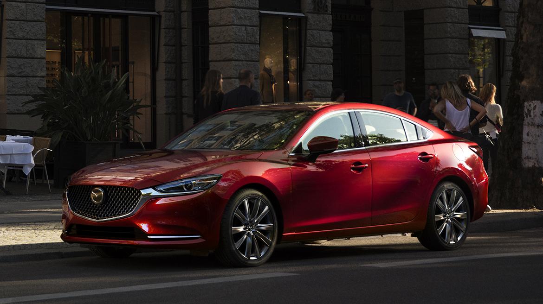 Mazda 2020 México lateral