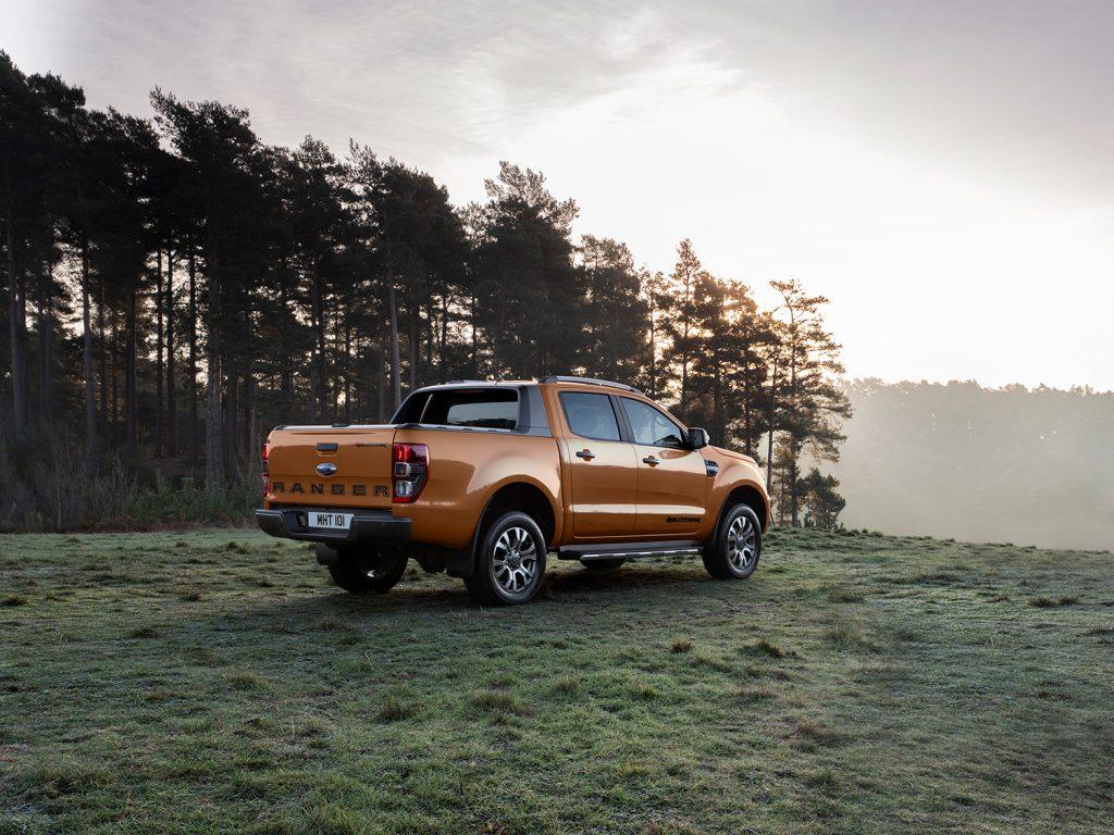 Ford Ranger Wildtrak 2021 en México posterior lateral diseño exterior