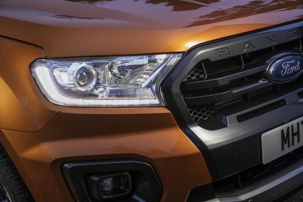 Ford Ranger Wildtrak 2021 en México - diseño exterior, faros y parrilla frontal