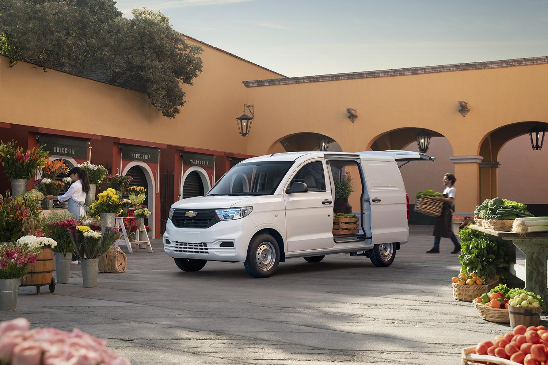 Chevrolet Tornado Van 2022 en México color blanco