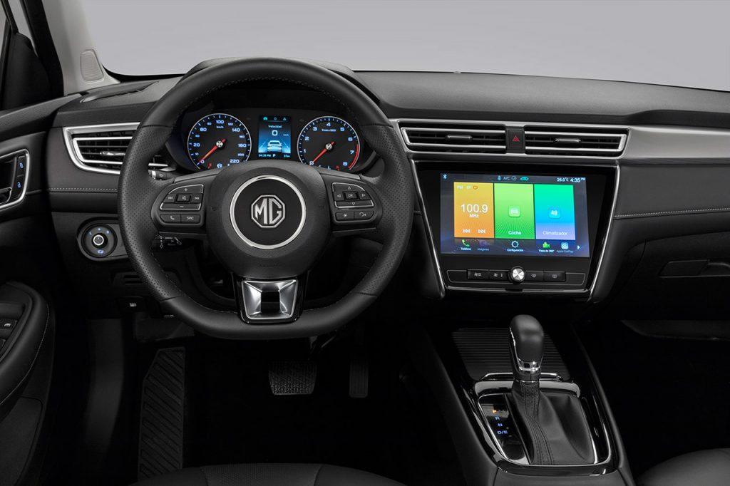 MG 5 2021 en México volante y pantalla touch con Android Auto y Apple Car Play