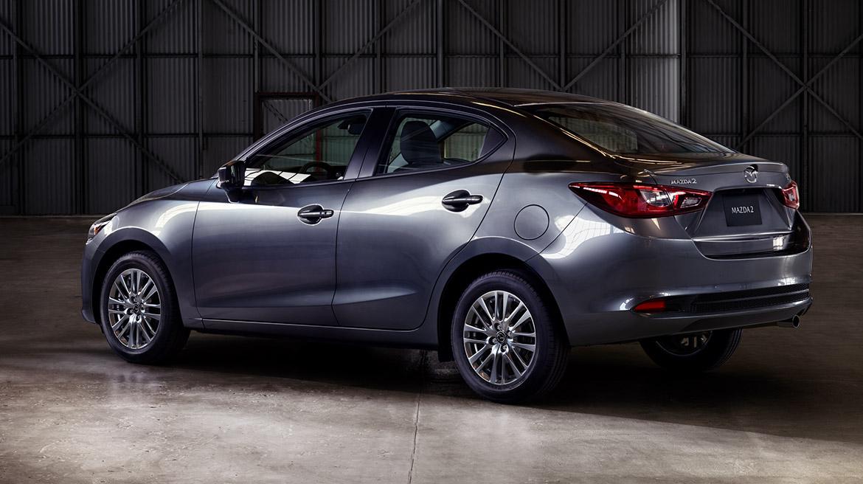 Mazda 2 sedán 2022 México color gris