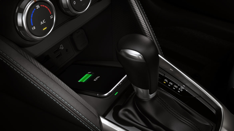 Mazda 2 2022 México interior palanca