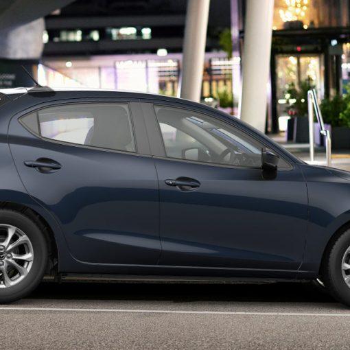 Mazda 2 hatchback 2022 México color azul lateral