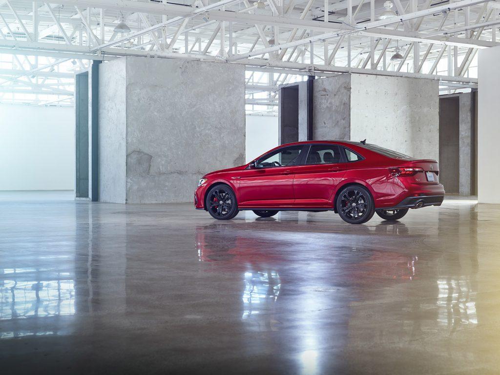 Volkswagen Jetta 2022 en México - exterior lateral