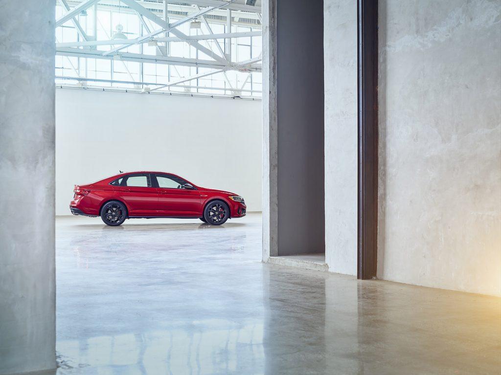 Volkswagen Jetta 2022 en México - lateral derecho