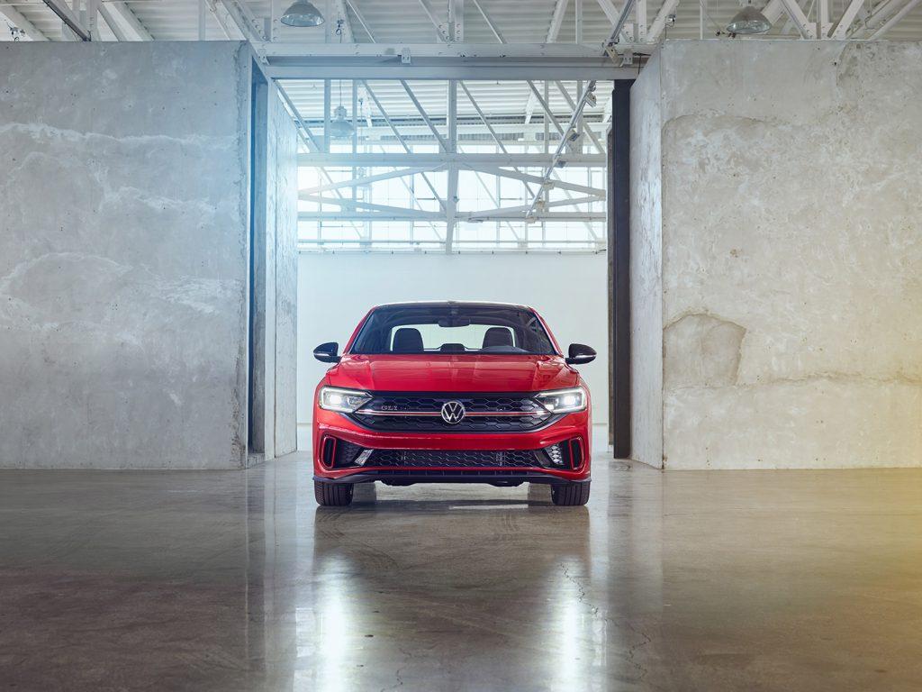 Volkswagen Jetta 2022 en México - nuevo frente parrilla faros