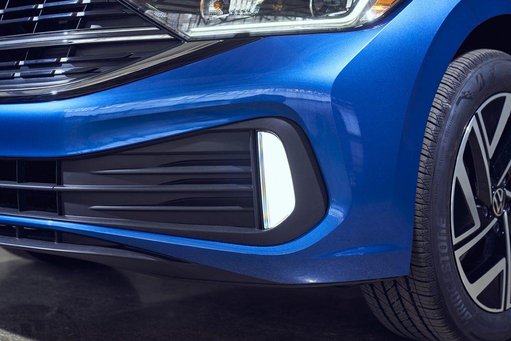 Volkswagen Jetta 2022 en México - exterior faros renovados